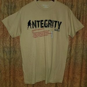 "NWOT 5.11 Tactical ""Integrity"" Tee Shirt Sz: Med"